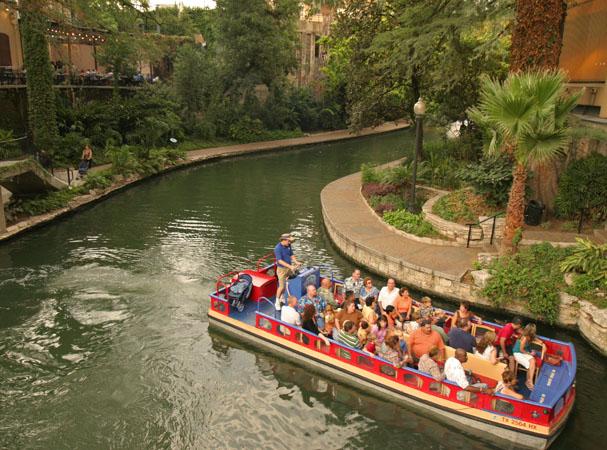 San Antonio river walk hotel